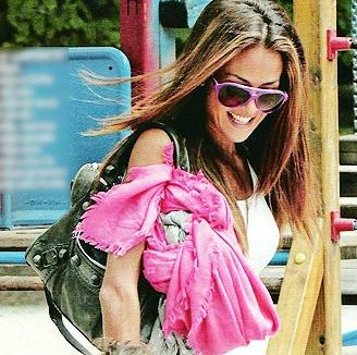 Giorgia Palmas con borsa Balenciaga